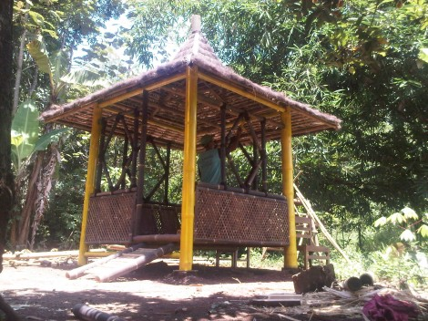 gazebo bambu murah minimalis